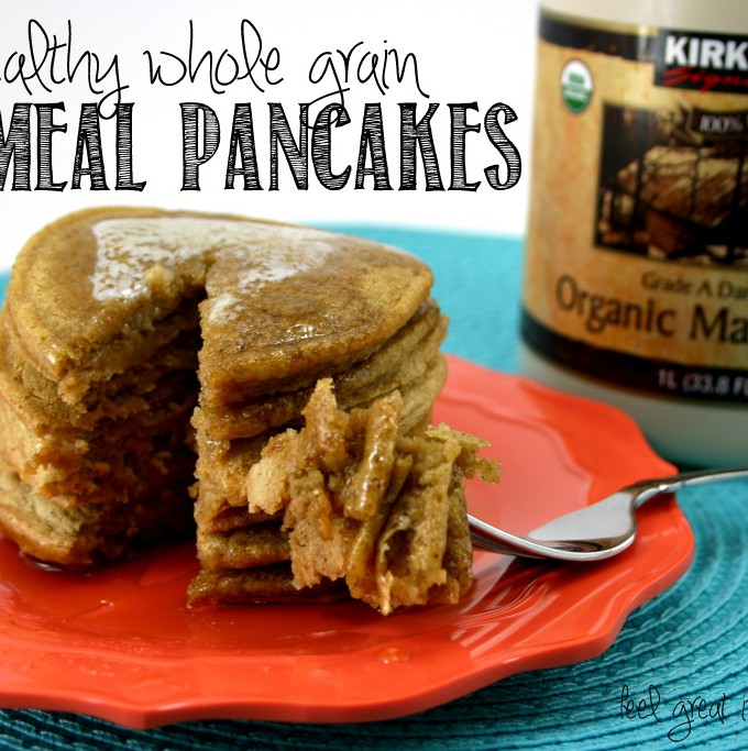 These healthy Oatmeal Pancakes are made with whole grain oats, whole wheat flour, and ground flaxseeds. Freeze the leftovers for a quick and easy breakfast! Feel Great in 8 #healthy #breakfast #recipe