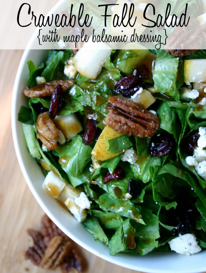 Craveable Fall Salad {with Maple Balsamic Dressing} Love the delicious fall flavors - pear, dried cranberries, candied pecans, and crumbled feta! YUM! | Feel Great in 8 #healthy #salad #recipe #yum