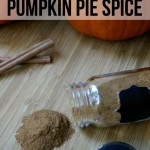 It only takes a few minutes to make your own Homemade Pumpkin Pie Spice for all your favorite pumpkin recipes! #homemade #spice #pumpkin