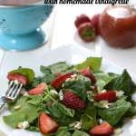 This simple Strawberry Spinach Salad with Homemade Strawberry Vinaigrette is fresh, healthy, and so flavorful! Perfect for your next dinner party! | Feel Great in 8 - Healthy Real Food Recipes